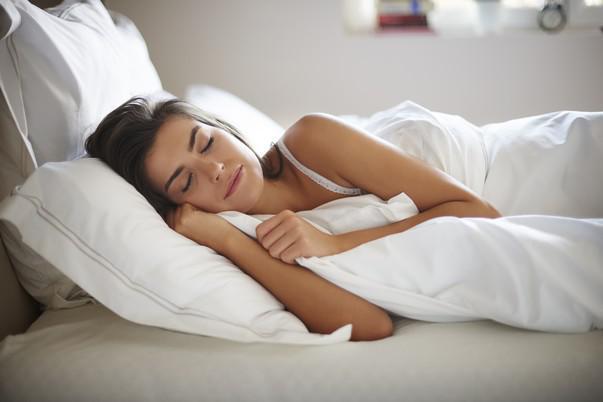 Covid-19 : bien dormir, le secret pour un vaccin plus efficace ?