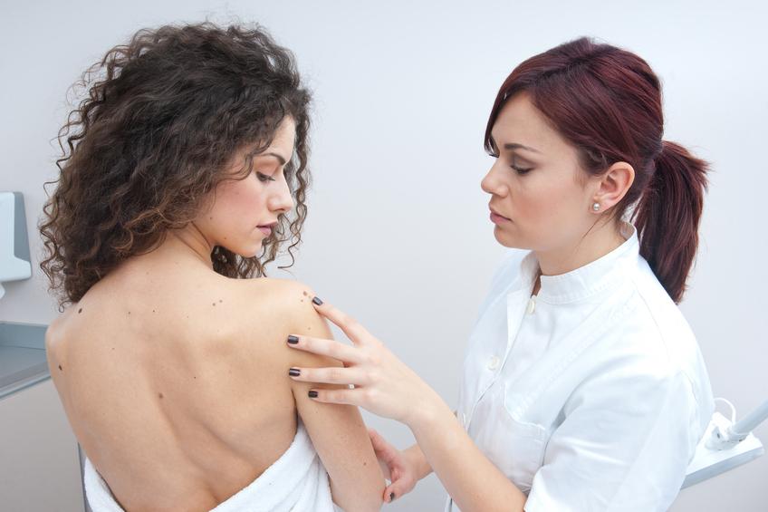 Les critères du diagnostic atopitcheskogo de la dermatite chez les enfants