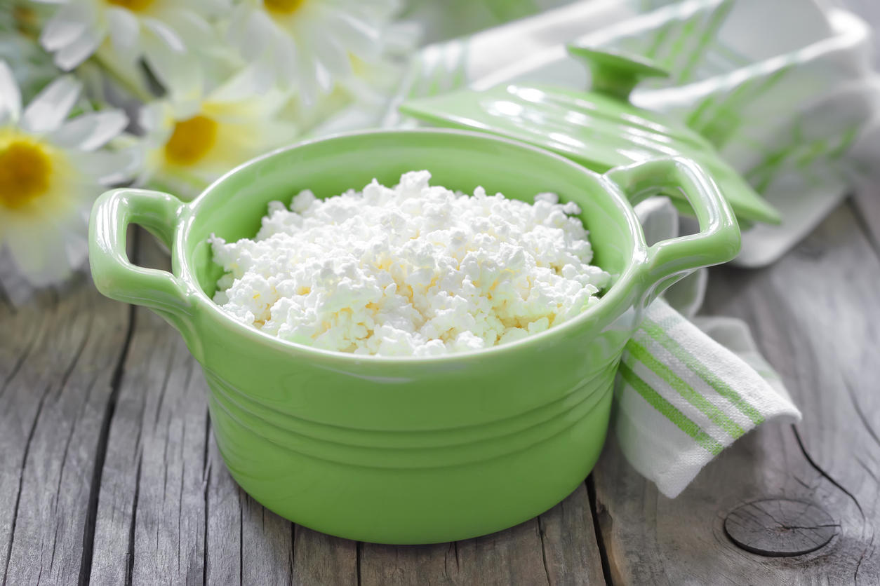8 bonnes raisons de manger du fromage blanc medisite. Black Bedroom Furniture Sets. Home Design Ideas