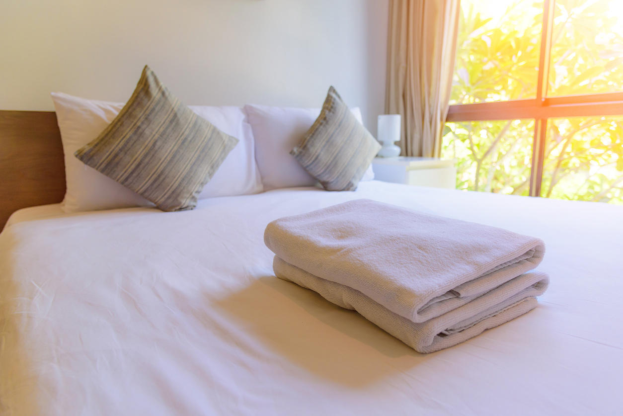 2 signes qui prouvent que vous avez des punaises de lit chez vous medisite - Eradiquer punaise de lit ...
