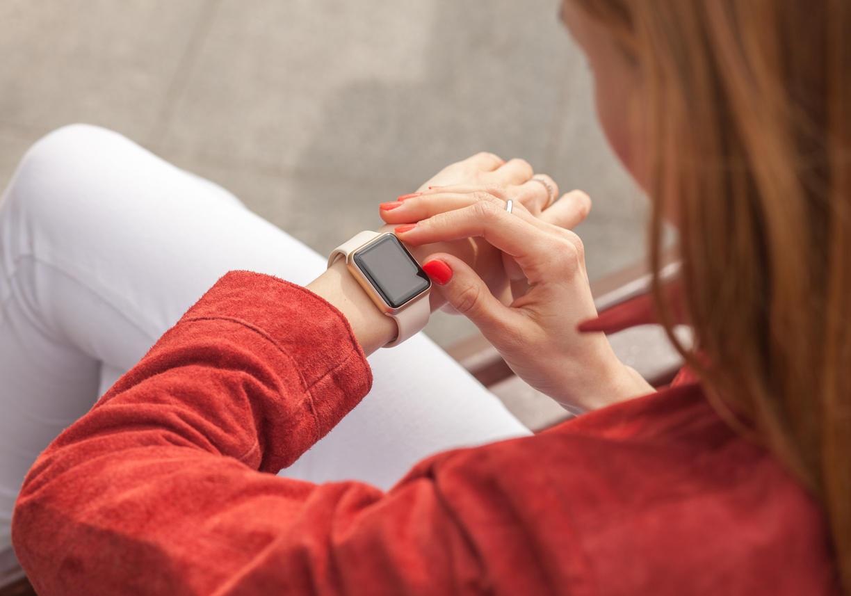 Covid-19 : le virus détecté par les montres connectées avant les symptômes ?