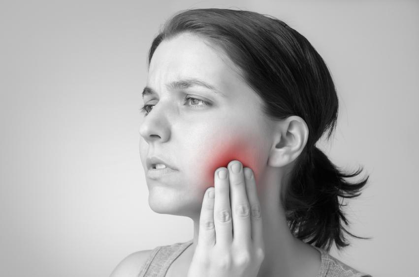Cancer de la bouche 6 signes qui doivent alerter medisite for Interieur de la bouche blanche