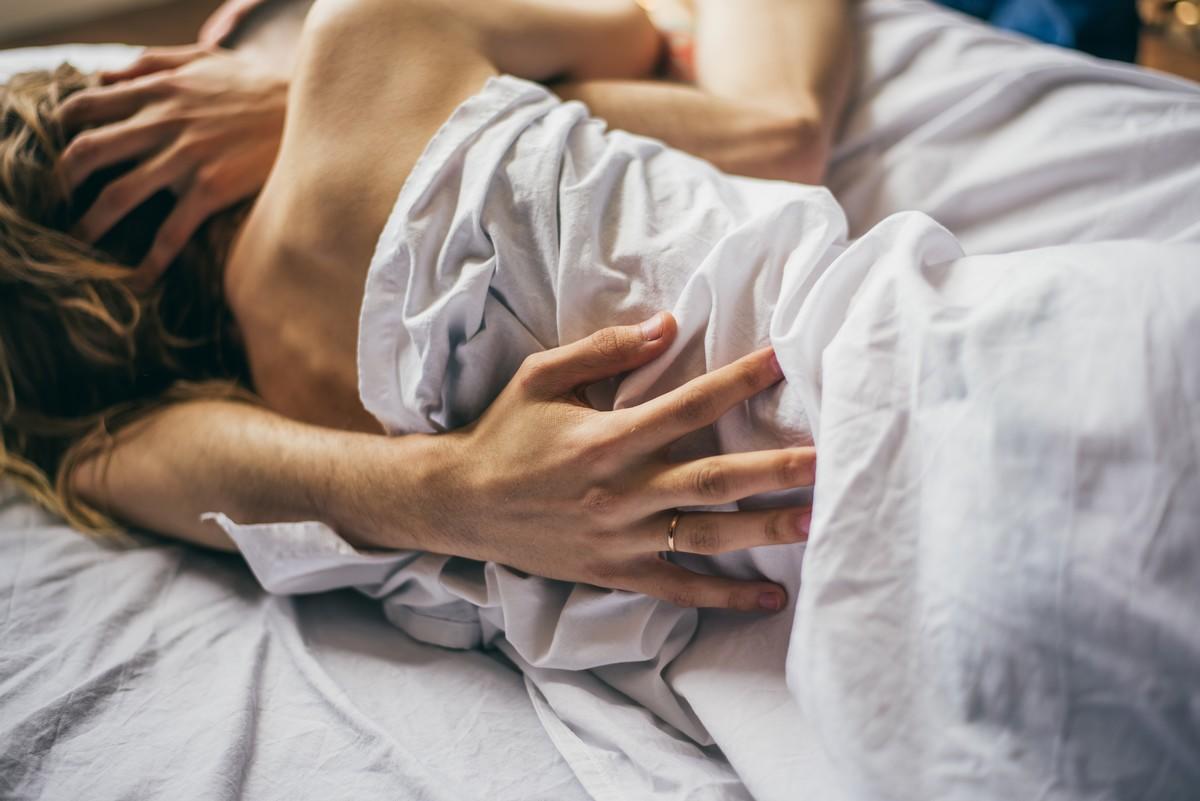 l h patite b 7 maladies que l 39 on peut attraper par la salive medisite. Black Bedroom Furniture Sets. Home Design Ideas