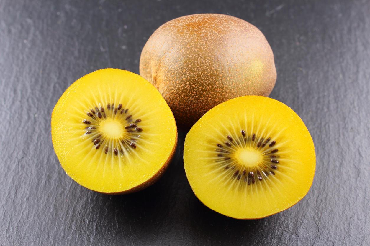 le kiwi jaune un fruit riche en vitamines medisite. Black Bedroom Furniture Sets. Home Design Ideas