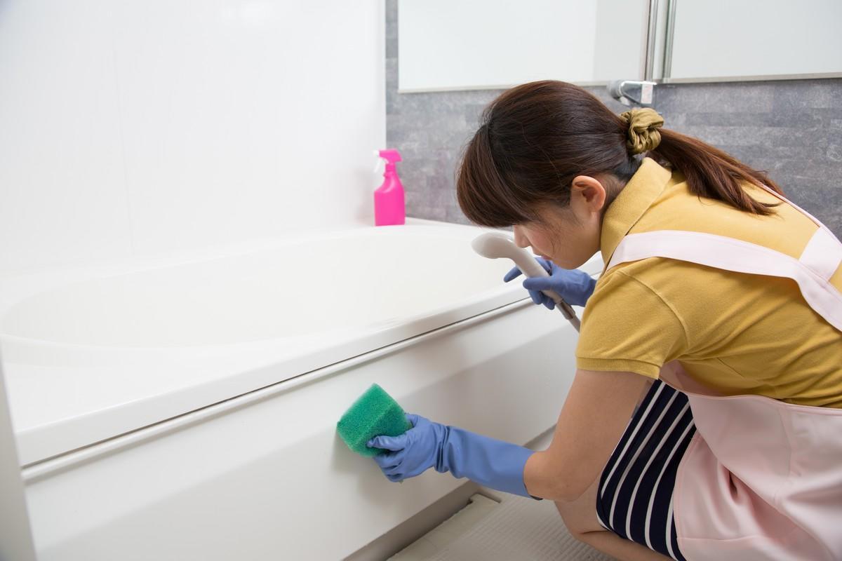 Enlever Les Moisissures salle de bain : 7 astuces naturelles pour enlever les moisissures