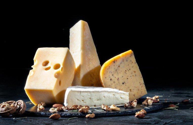 plusieurs lots de fromages contaminés à la Listeria