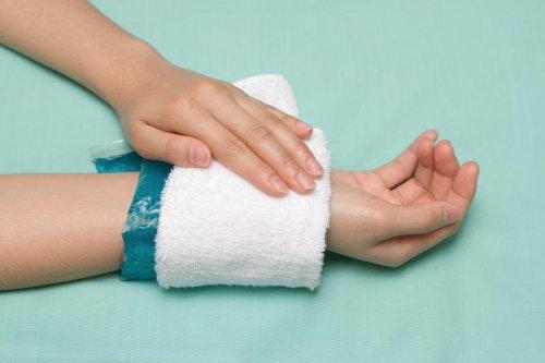 Crise d'urticaire : 7 traitements pour la soulager vite