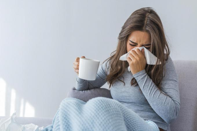 Common cold: how to stop blowing your nose