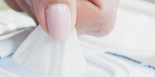 Brûlure vaginale : attention aux lingettes intimes