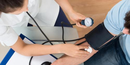 Hypertension : une cause de trouble de l'érection
