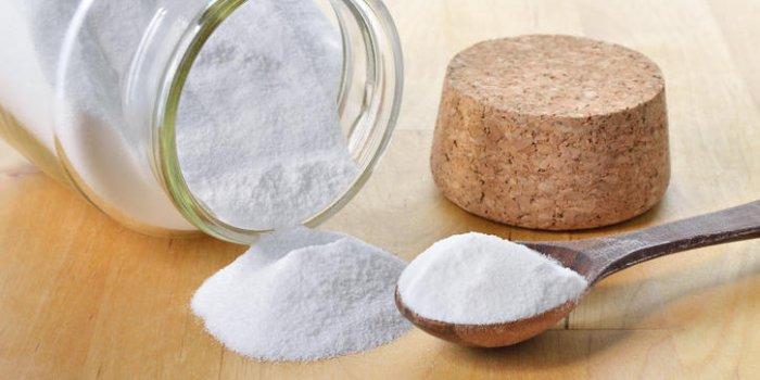 Soigner une mycose buccale avec du bicarbonate
