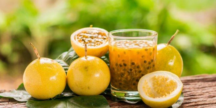 Carrefour rappelle un lot de fruits de la passion en raison d'un pesticide toxique