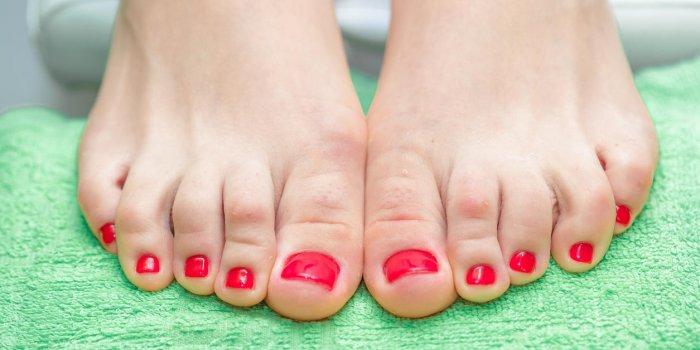 Douleur à l'orteil : 3 causes possibles