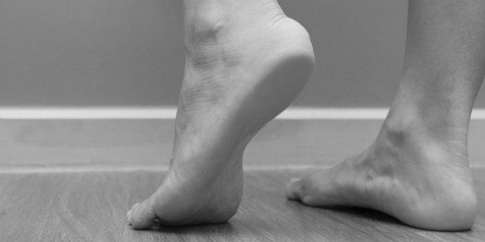 gonflement sous le pied