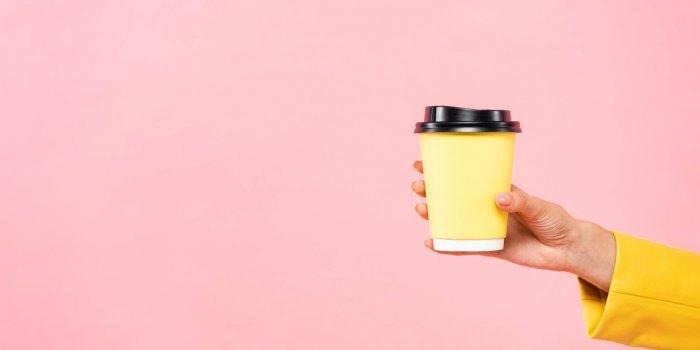 Que faut-il vraiment boire au réveil ?