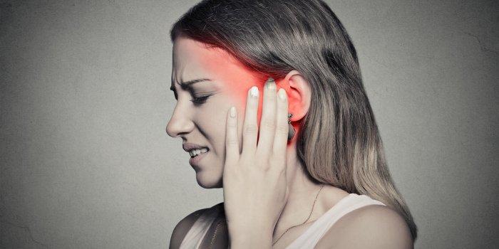 Rhume : comment déboucher une oreille bouchée ?