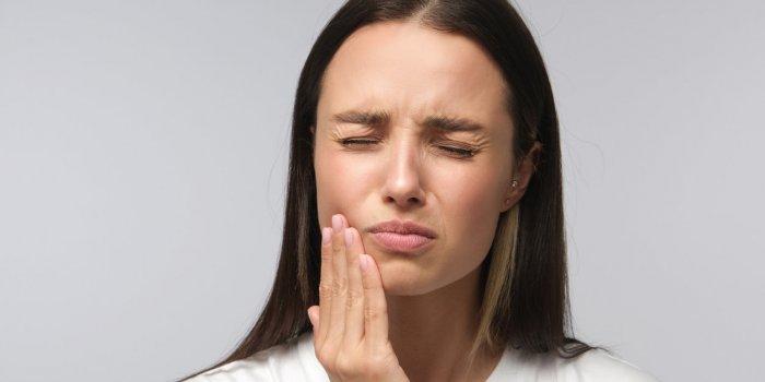 Son simple mal de dents s'avère être un cancer des glandes salivaires