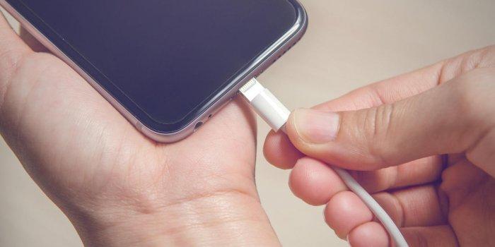 brancher mâchoire à l'iPhone meilleur iPhone Dating App gratuit
