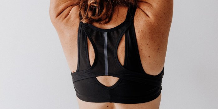 Cancer du sein : Decathlon sort une brassière de sport post-mastectomie