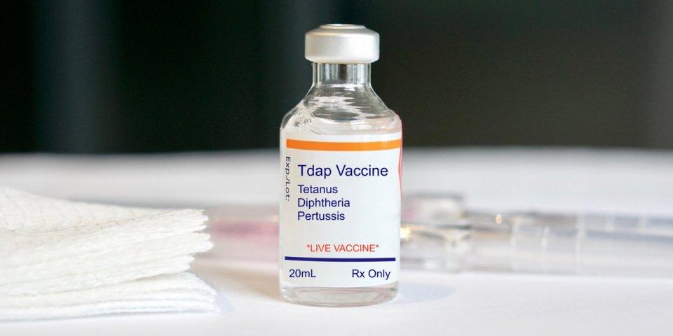 Tétanos : symptômes, causes, vaccin, comment s'attrape-t-il ?