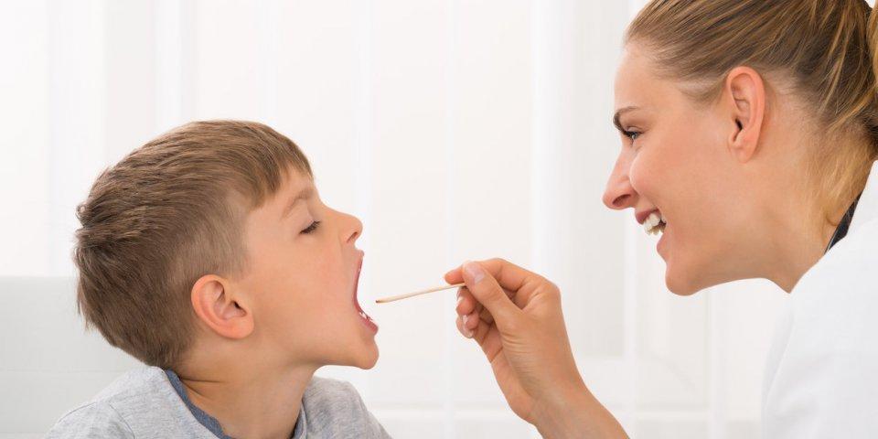 Herpès ou bouton de fièvre chez l'enfant : la gingivo-stomatite herpétique, c'est quoi?