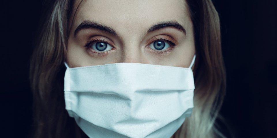 Covid-19 : combien de temps est-on réellement contagieux ?