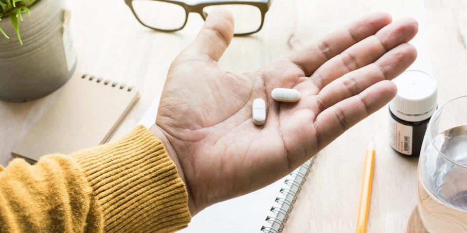 Alzheimer : qu'est-ce que l'Aduhelm, ce nouveau médicament autorisé aux États-Unis ?