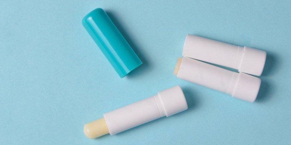 Covid-19 : le baume à lèvres, une arme contre le virus ?