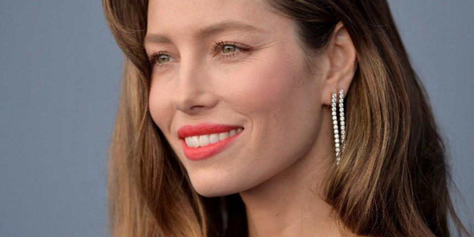 L'actrice Jessica Biel s'engage contre la vaccination et crée la polémique