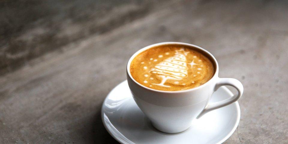 Café, thé : ils réduiraient les effets néfastes du gras et du sucre !