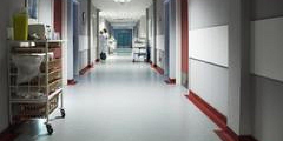 gale épidémie hôpital
