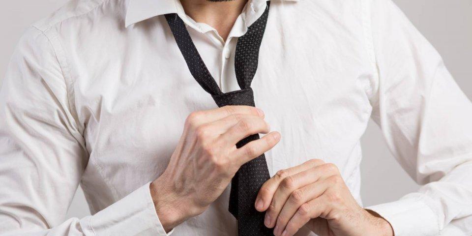 Porter une cravate pourrait être dangereux pour votre santé
