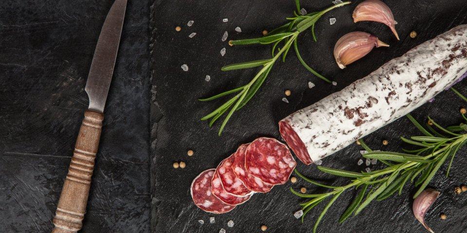 Rappel chez Auchan : des saucisses sèches de foie contaminées aux salmonelles