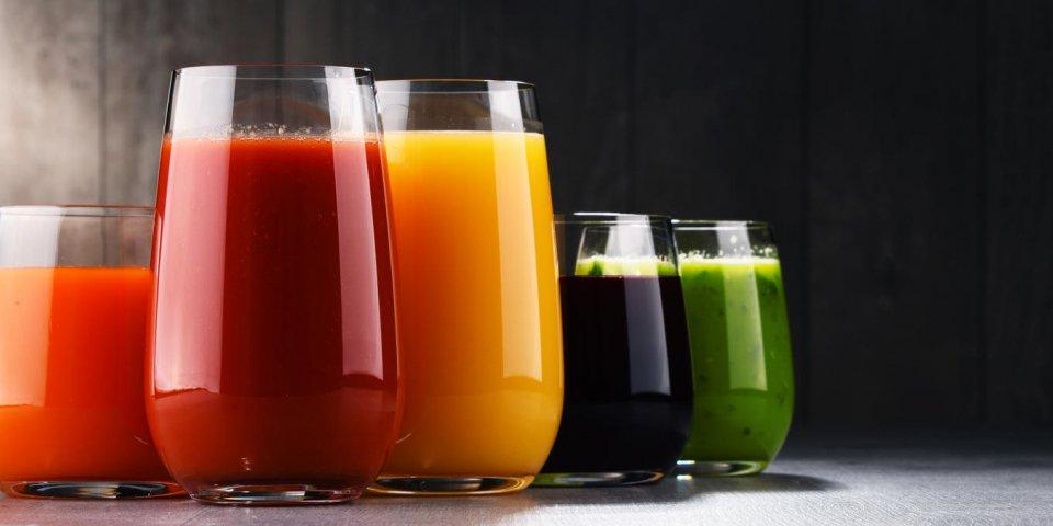 Jus de fruits : les pires produits à éviter en supermarché