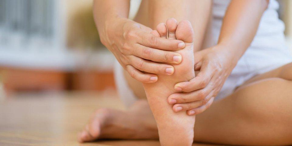 Cors aux pieds : les dangers auxquels on ne pense pas
