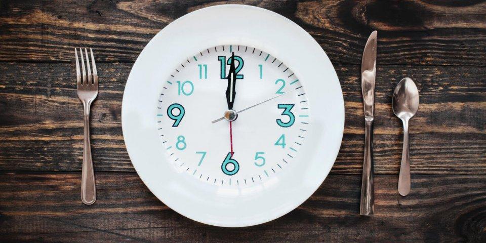 Le jeûne intermittent (fasting), la solution pour maigrir durablement ?