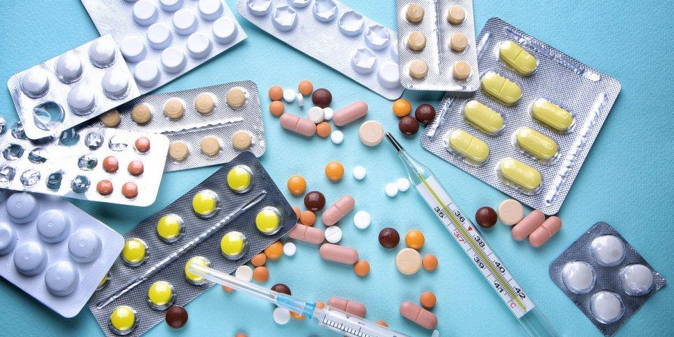 Stéroïdes : l'OMS valide leur utilité pour les cas graves de Covid-19