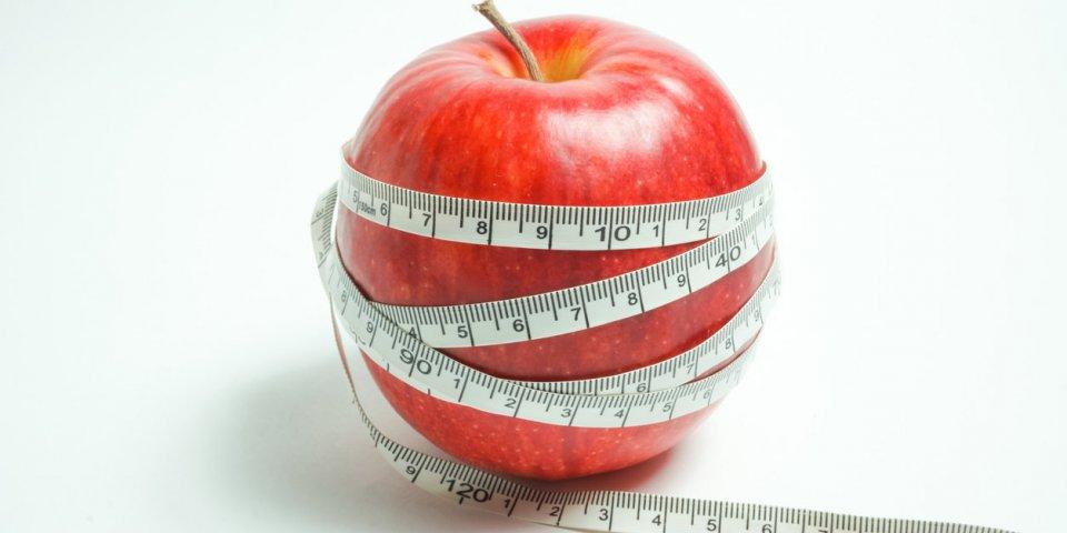 Régime coton, ver solitaire, Air Diet… : florilège des astuces minceur les plus absurdes (et dangereuses)