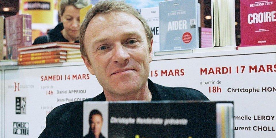 Christophe Hondelatte (Europe 1) absent de l'antenne à cause d'un polype