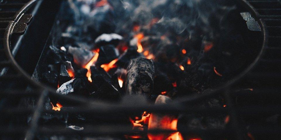 Maladie oculaire : les dangers du barbecue pour les yeux