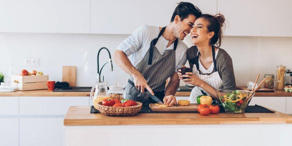 Couple : les solutions d'une nutritionniste pour maigrir à deux