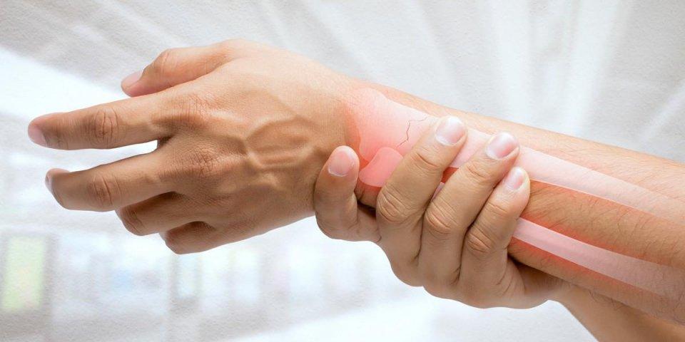 Ostéoporose : l'alcool et le tabac augmentent les risques de survenue de la maladie