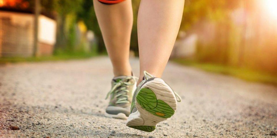 Covid-19 : marcher lentement multiplierait par 4 le risque de décès