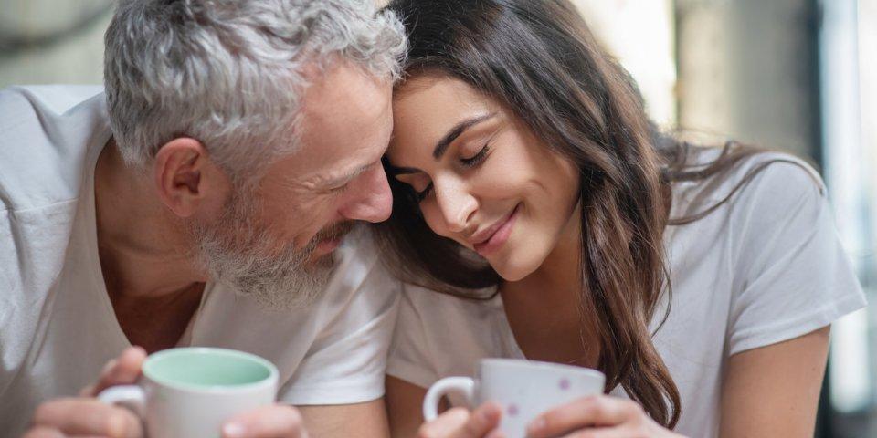 Couple : 3 bonnes raisons de ne plus avoir peur de la différence d'âge