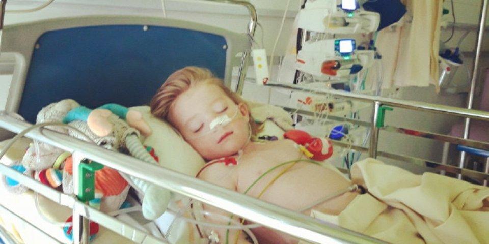 """Maladie de Kawasaki : """"il a fallu se battre pour que notre fils soit soigné"""""""