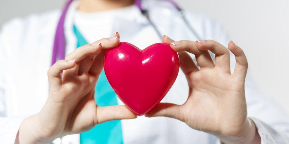 Douleur du côté gauche : un signe de problème au cœur ?