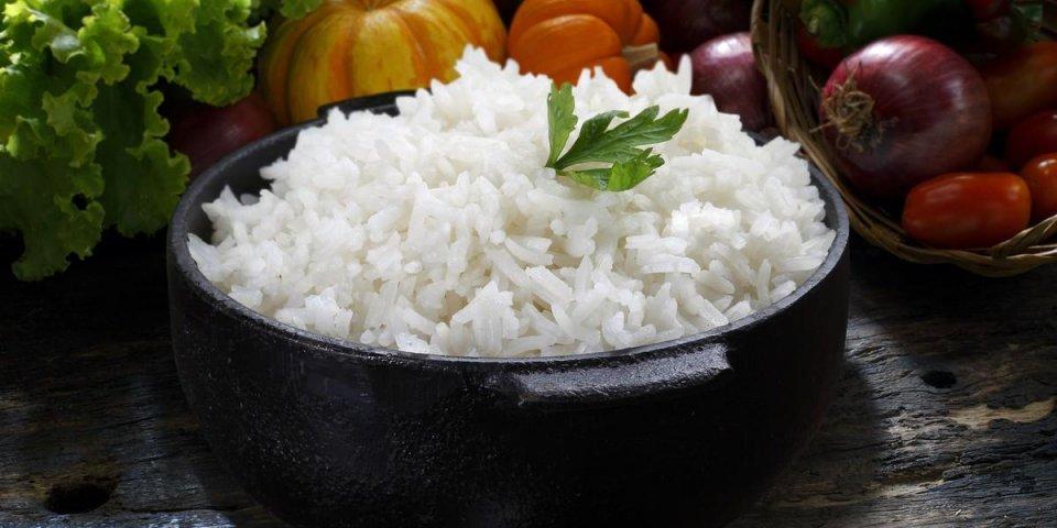 rice on a iron pot