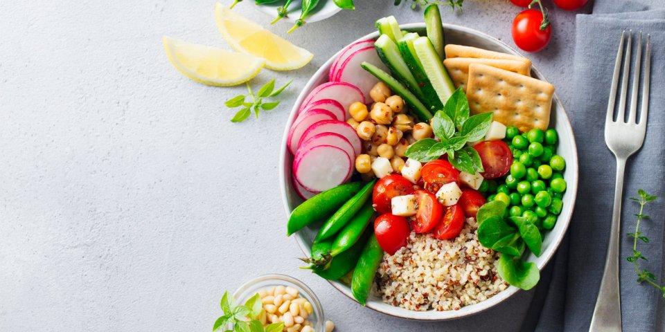 Maigrir sans régime : les conseils de Michel Cymes