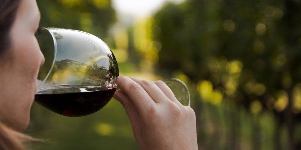 AVC : une étude alerte sur les effets de l'alcool