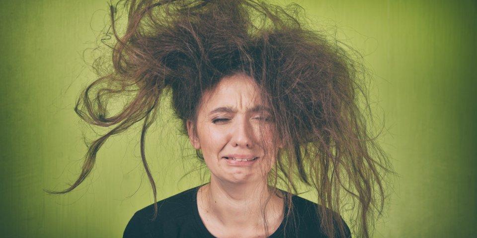 7 signes que vos cheveux sont abîmés